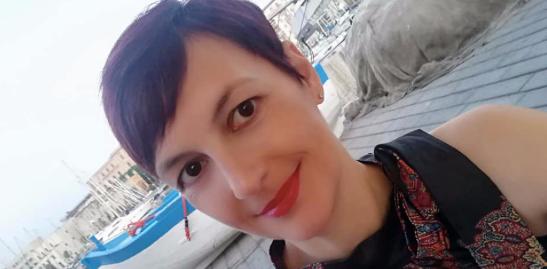Francesca Maccani approda a Catania col suo 'Fiori senza destino': ecco cosa ci racconta